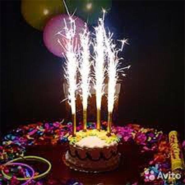 Фейерверки и свечи для торта